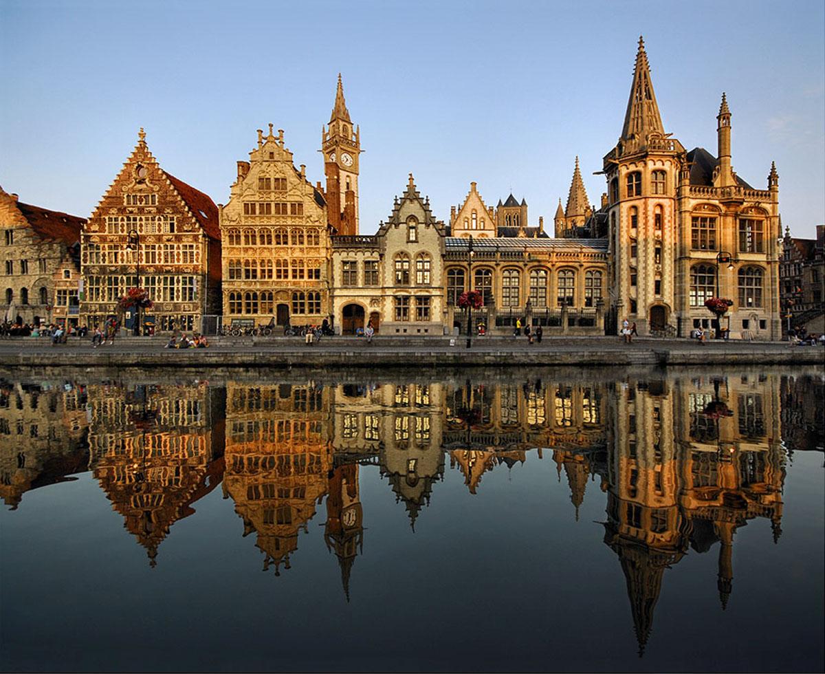 Париж і Амстердам