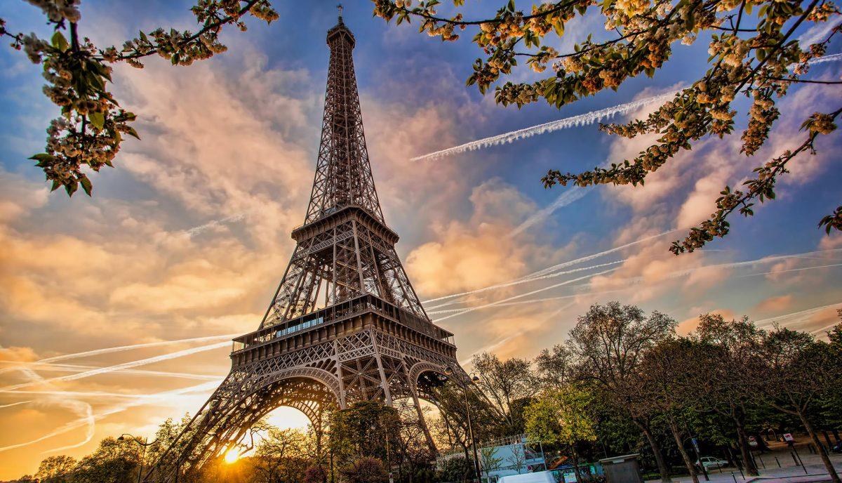 Париж місто кохання