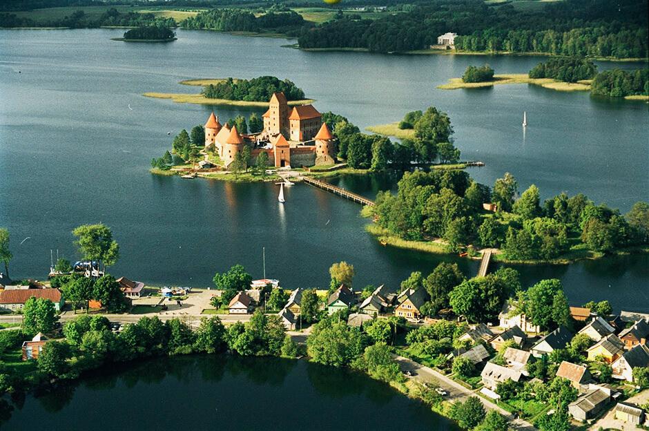 Балтійськими містами