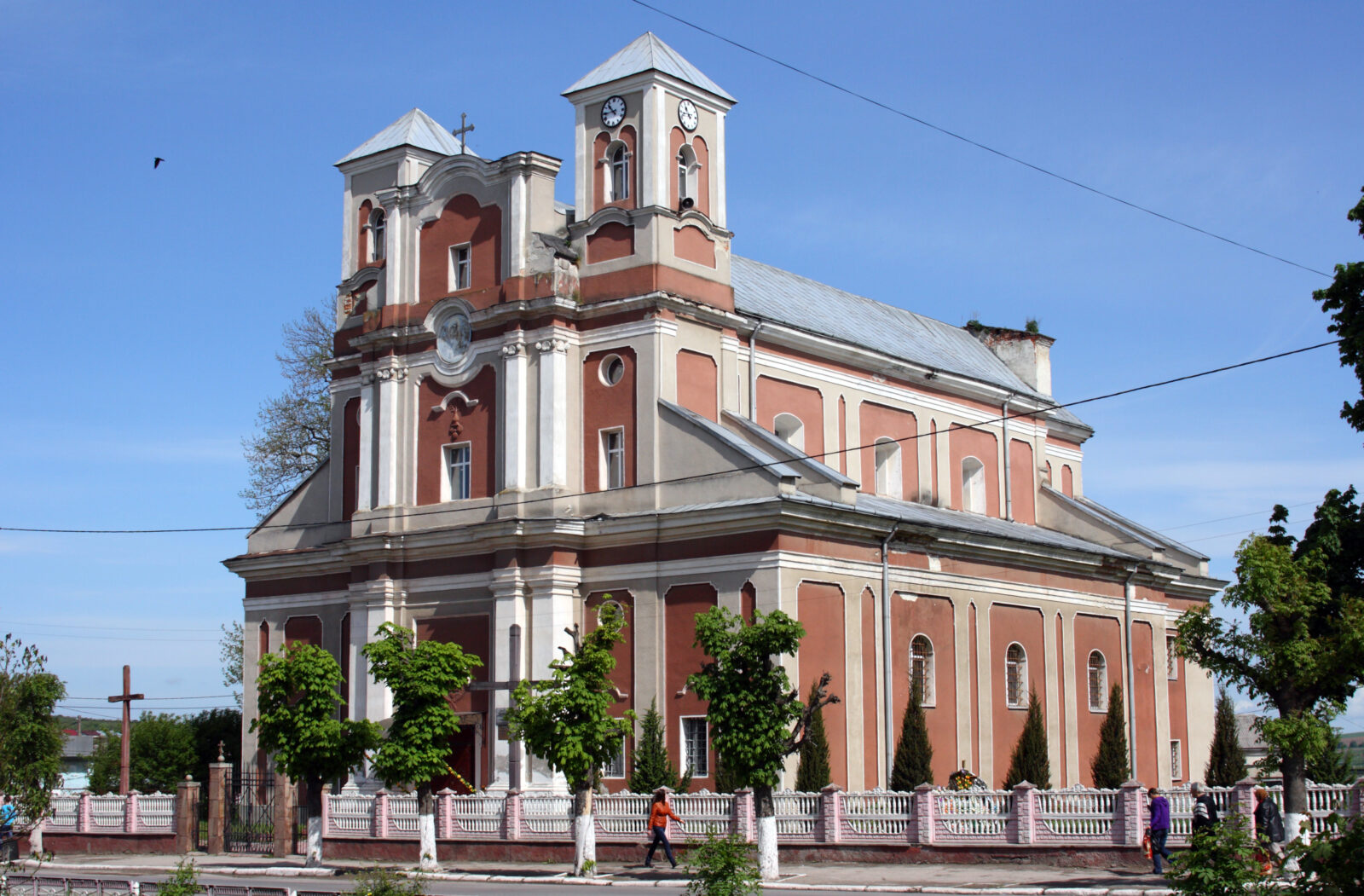 Бережани, Монастириська